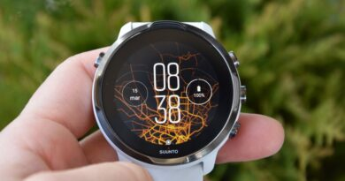 SUUNTO 7: This versatile, smart watch combines SUUNTO's sports expertise with smartwatch technology